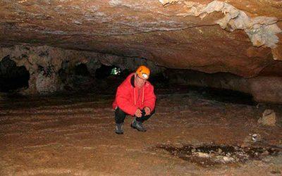 Espeleotemas del Bajo Deba (3): gours